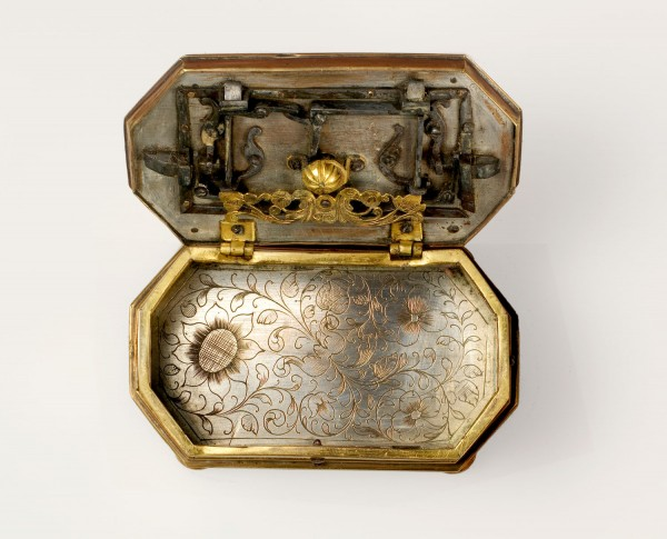 casket-engraved-gilt silver copper-wrought blue iron-Augsburg-Nuremberg 18th century