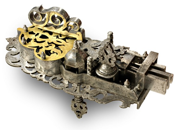 door lock-pierced iron-engraved brass-Germany 17th century