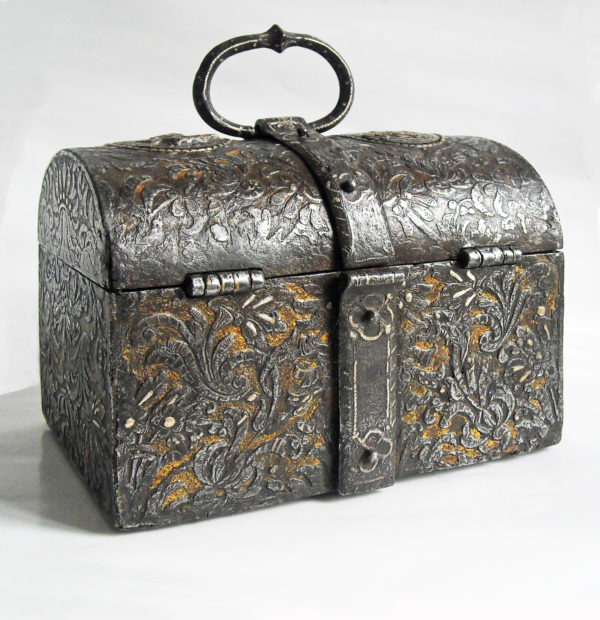 refined-French-Casket-in-Iron-Gold-and-Silver-view