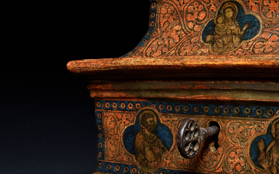 Painting and goldworking in conversation. A Rare Fourteenth Century Sienese Casket